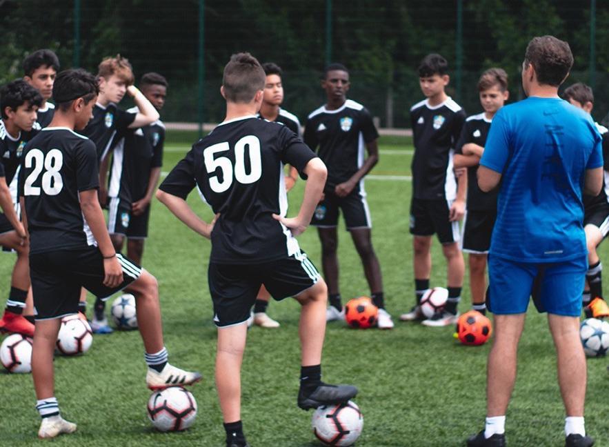 http://football4football.com/storage/img/articleimages/originals/YL2LtZWPAx0BiJQkgJ9FOpe7UnGfxZTWmIx.jpeg