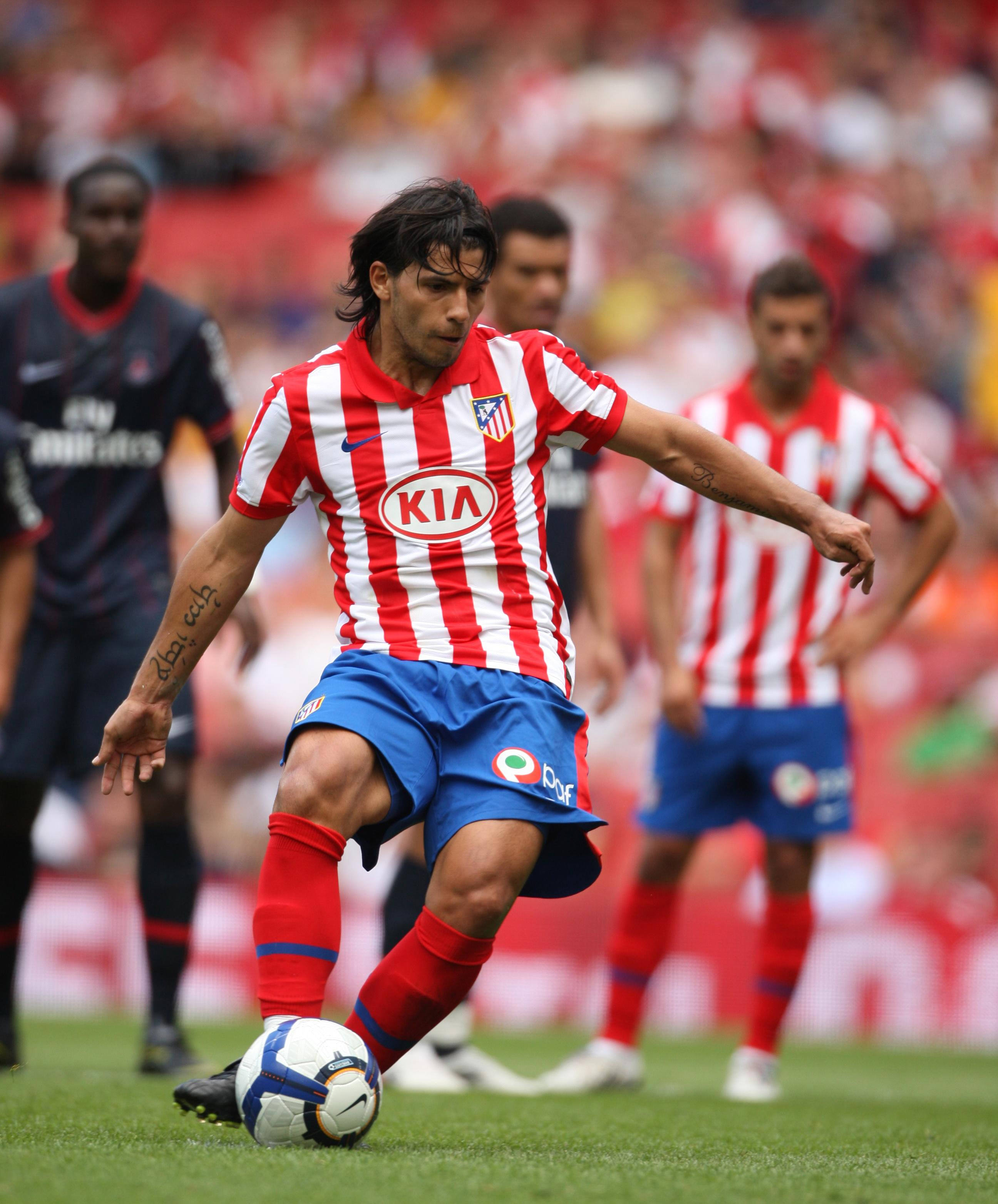 Manchester_City_star_Sergio_Aguero_playing_for_atletico_madrid_football4football